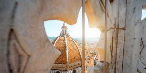 details of the Brunelleschi cupola, enjoy Florence walk