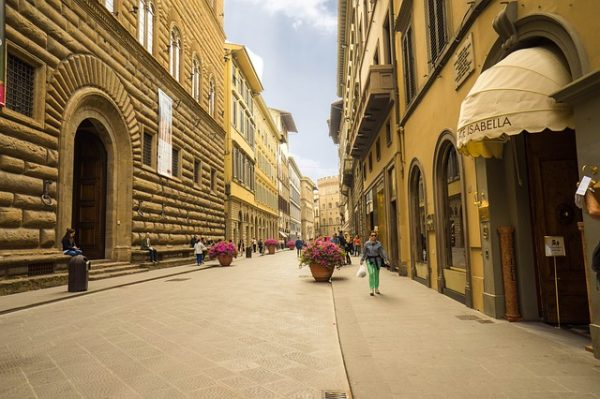 Tornbuoni street, Renaissance Secrets and Scandals