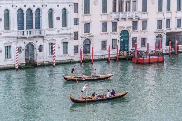 gondolier. learn to ride a gondola