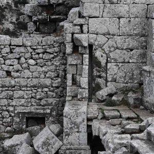 Ruins in Rome underground tour