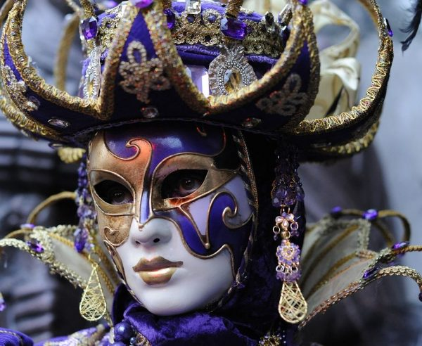 mask in Venice tour
