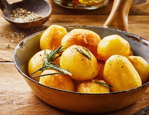 Italian roast potatoes