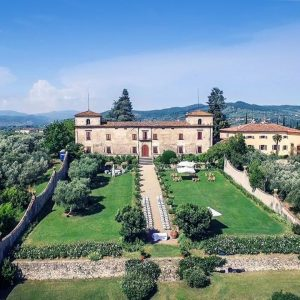 wellness retreat tuscany
